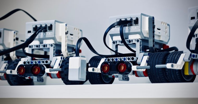Best LEGO Robotics Kits for Middle School Students